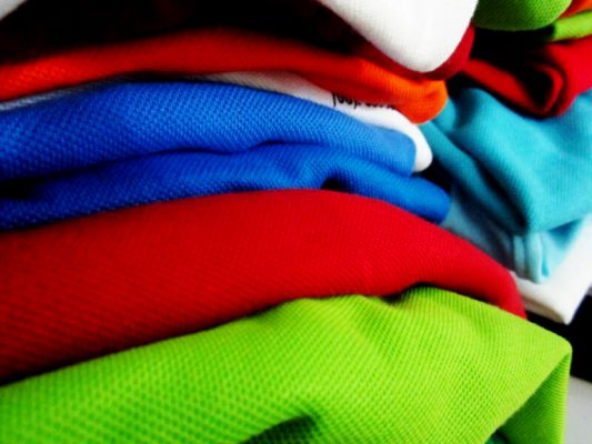 chất liệu vải đặt áo đồng phục
