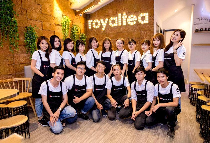 mẫu đồng phục quán cafe royaltea