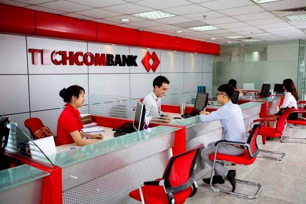 Đồng phục Techcombank