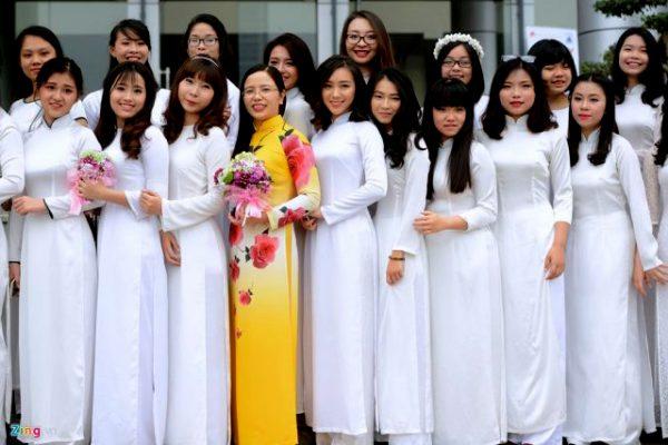 Mẫu áo dài đồng phục giáo viên đẹp